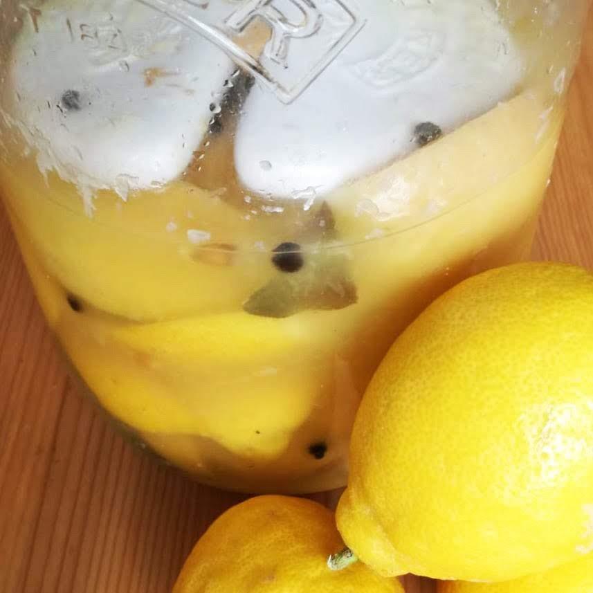 Receta de limones encurtidos de Beewellness